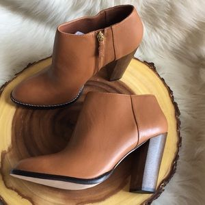 Elizabeth and James side zip leather booties